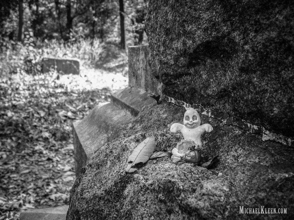 Lugares embrujados: Bacherlor's Grove Cementery